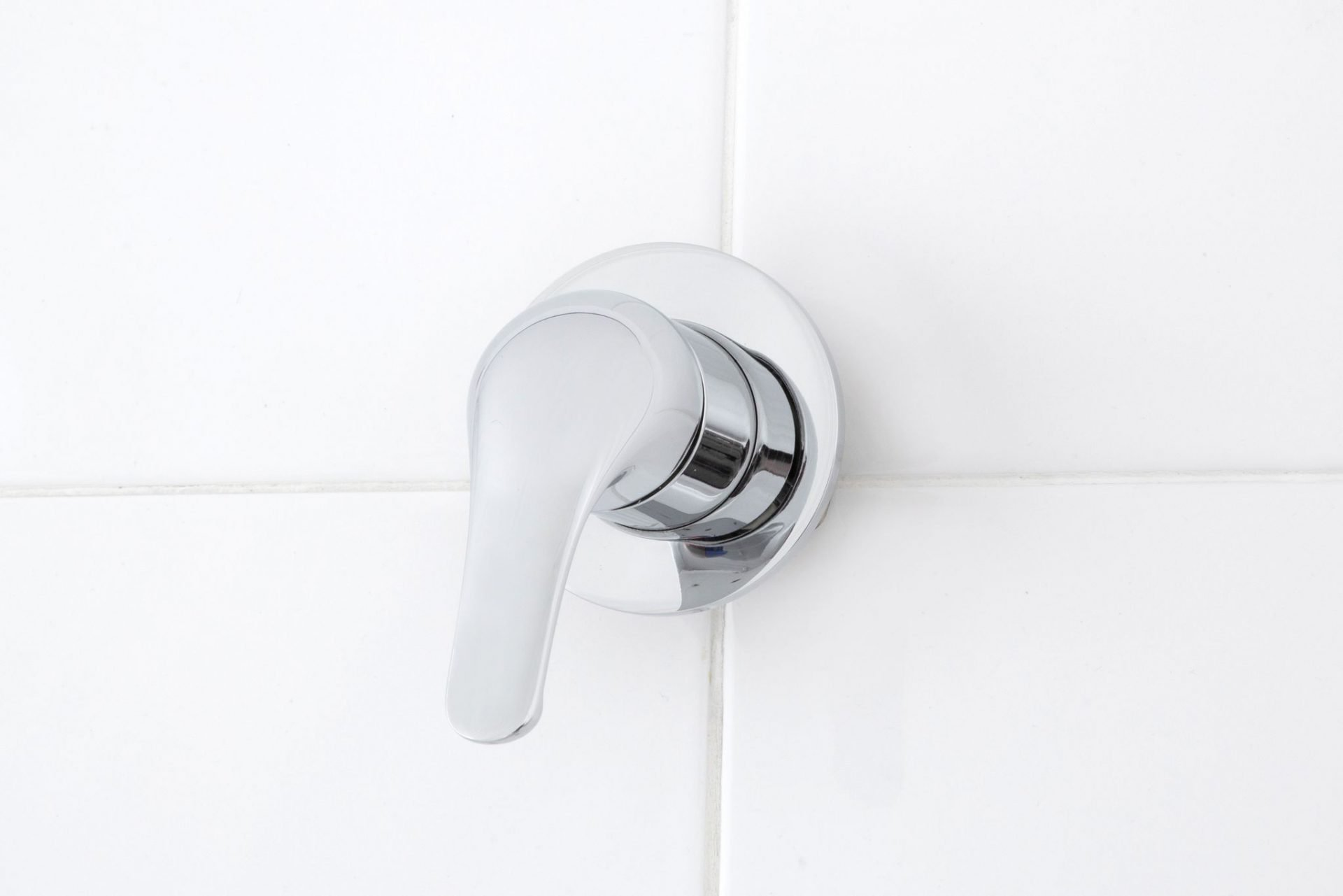 Banjo Bath Shower Mixer Solid Handle
