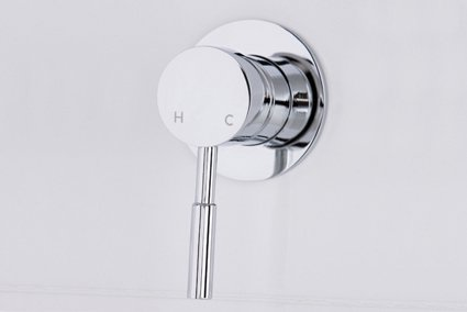 Pam shower bath mixer