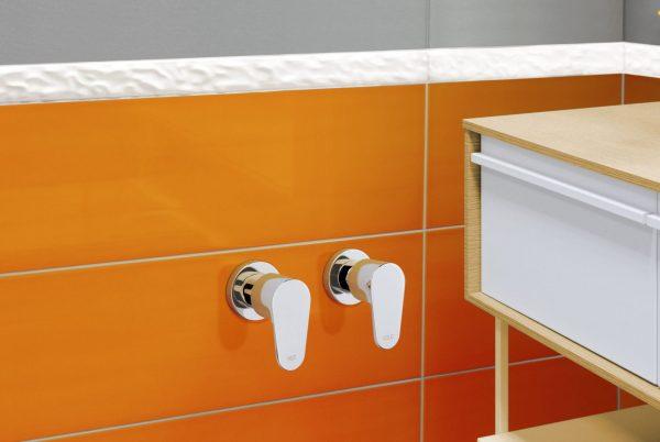 Linsol avanti wall top assemblies 547x366 lifestyle AVANT-06