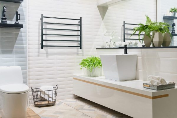 Linsol Allegra 6 Bar Matte Black Heated Towel Rail JY-3306-MB Lifestyle Image 547 x 366
