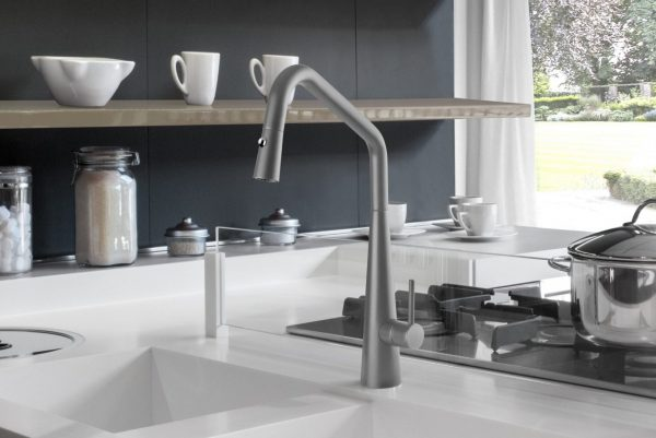 Linsol Elias Grey Wolf Retractable sink mixer ELI-GW-01RE 547 x 366