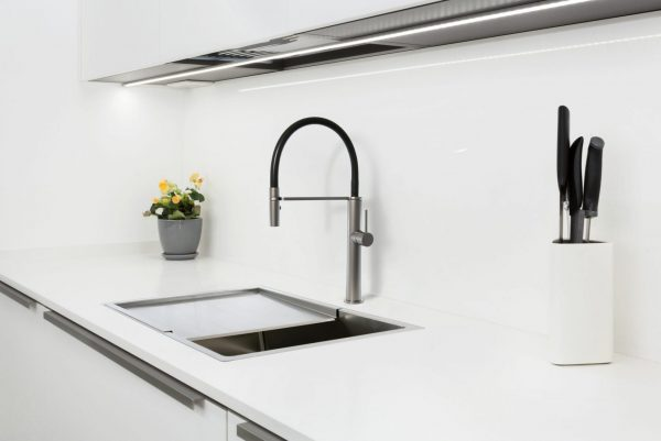 Linsol Luca Grey Wolf Sink Mixer and Quadrum 40L Sink LUC-GW-01 and 94007-103 Lifestlye Image 547 x 366