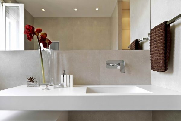 Linsol Hudson Chrome Wall Basin Mixer HUD-09 Lifestyle 547x366