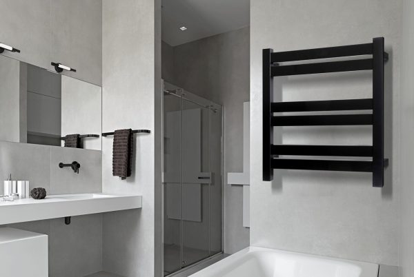 Linsol Siena Matte Black 6 Bar Heated Towel Rail JY-SQ-06-MB Lifestyle 547x366