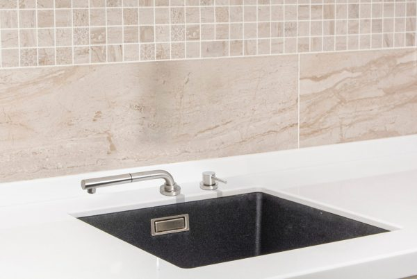 Linsol Domena Telescopic and Pull Out Sink Mixer LIfestyle Image 547x366