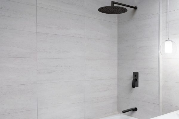 Linsol Matte Black Force Shower Outlet, Cosical Wall Arm, Hudson Wall MIxer with Divertor, Natalie Swivel Bath Outlet FOR-MB-035, COR-042-MB, HUD-MB-04, NAT-025-MB Lifestyle 547x366
